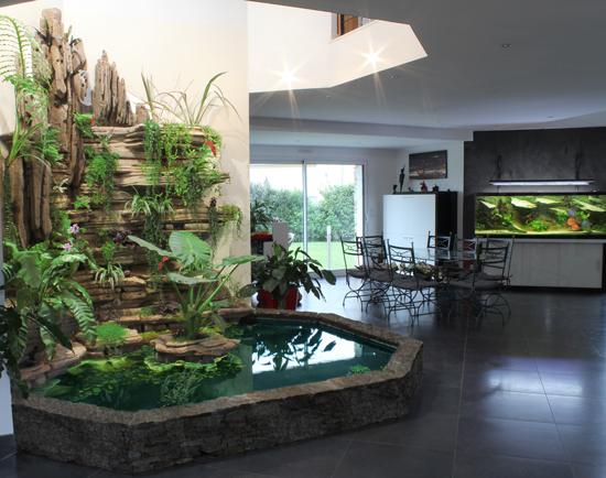 Mur v g tal int rieur une d coration int rieure remarquable for Mur vegetal fausse plante
